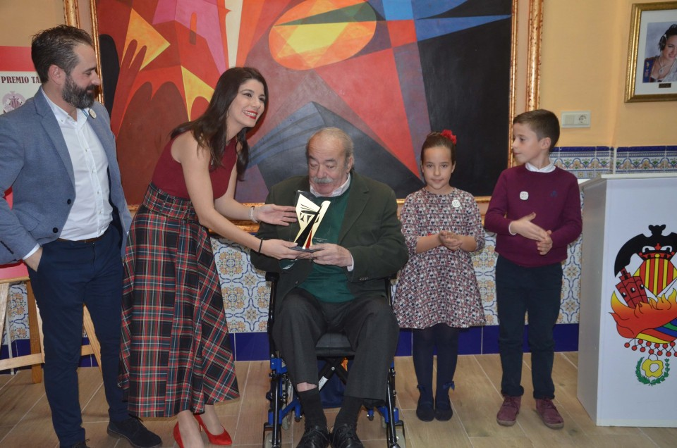 The Falla Santa Maria Micaela gave the Prize Tabalet 2018 and presented his sketches