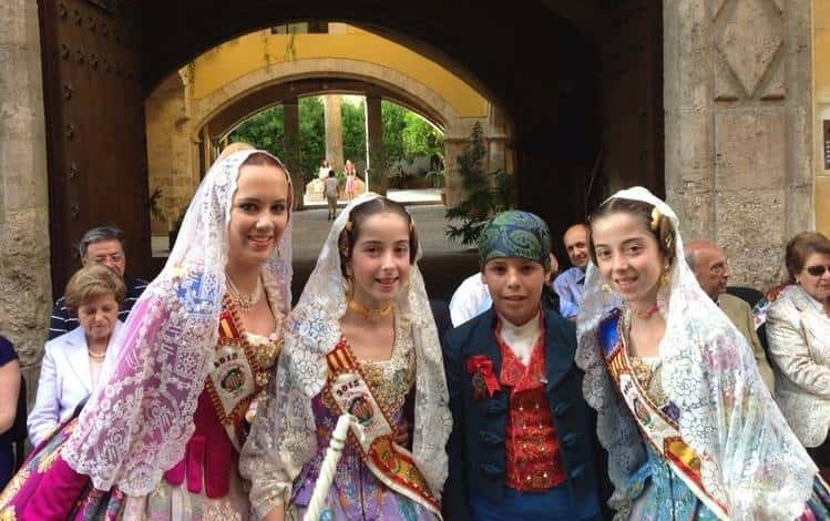 Appointment of older fallers and child President of the Falla L´Eliana-Cid of Mislata.  1