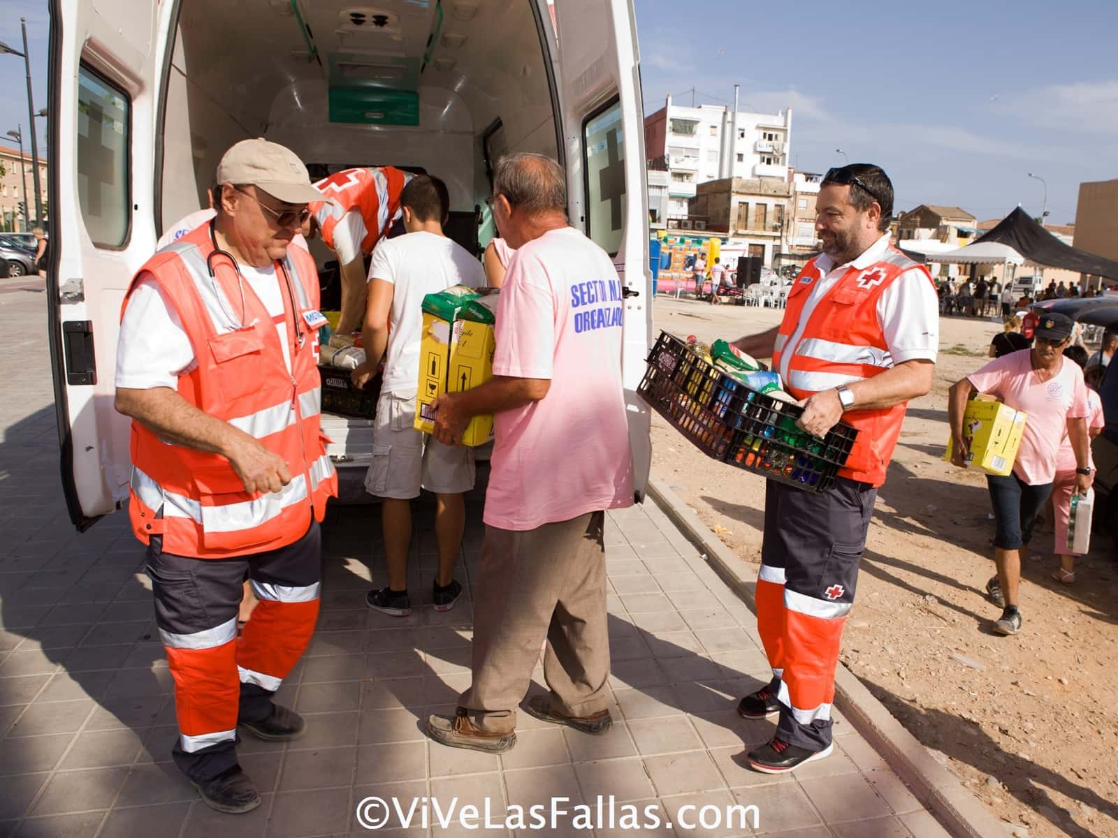 The Malvarrosa-Cabanal-Betero sector fills an ambulance