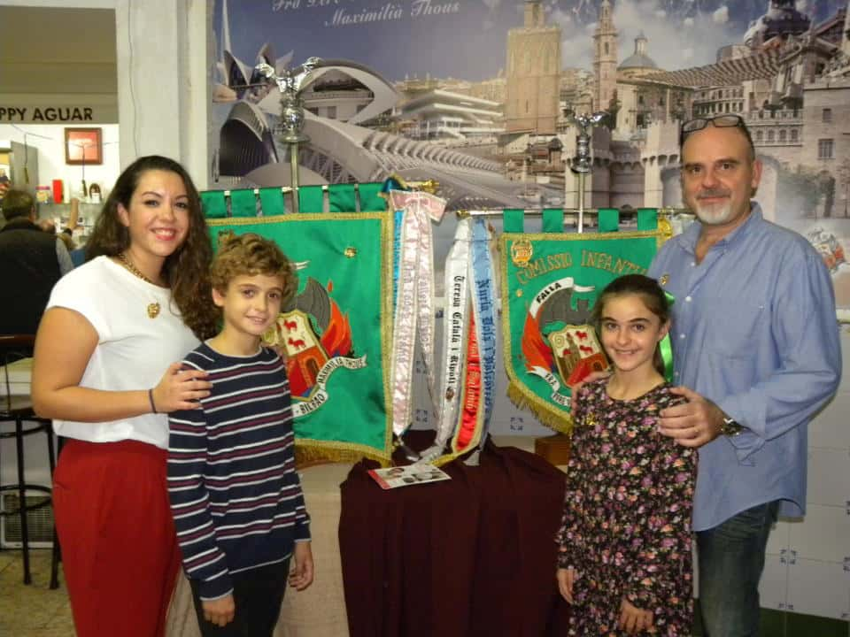 The Falla Fray Pedro Vives-Bilbao-Maximiliano Thous Debuts banners on its 50th anniversary 1