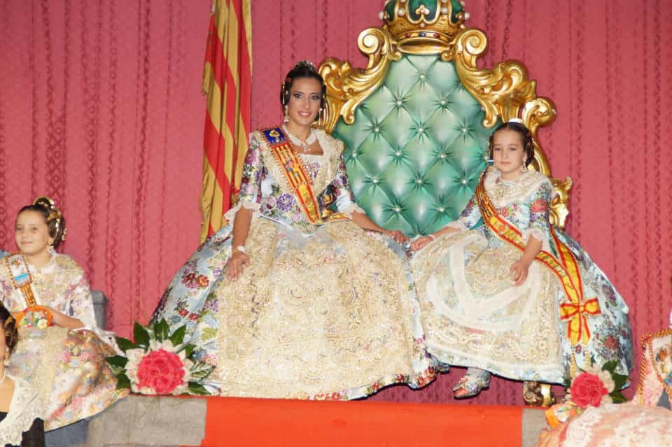 Exaltation of the major fallers of Els Lleons the Fallas by 2016 1