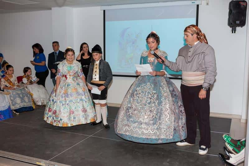 The grouping of Fallas of Mislata presented his sketches for the 2016 Fallas  2
