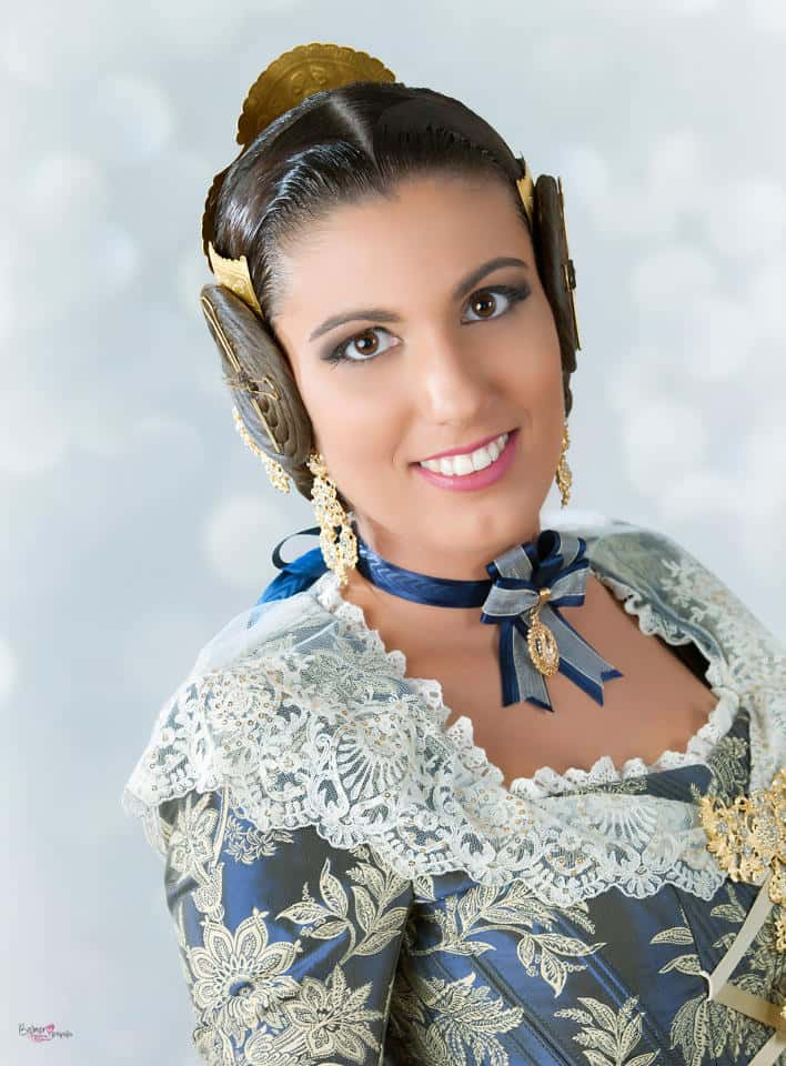 Marta López preset for the Court of honour and Fallera Mayor of Valencia 2017 1