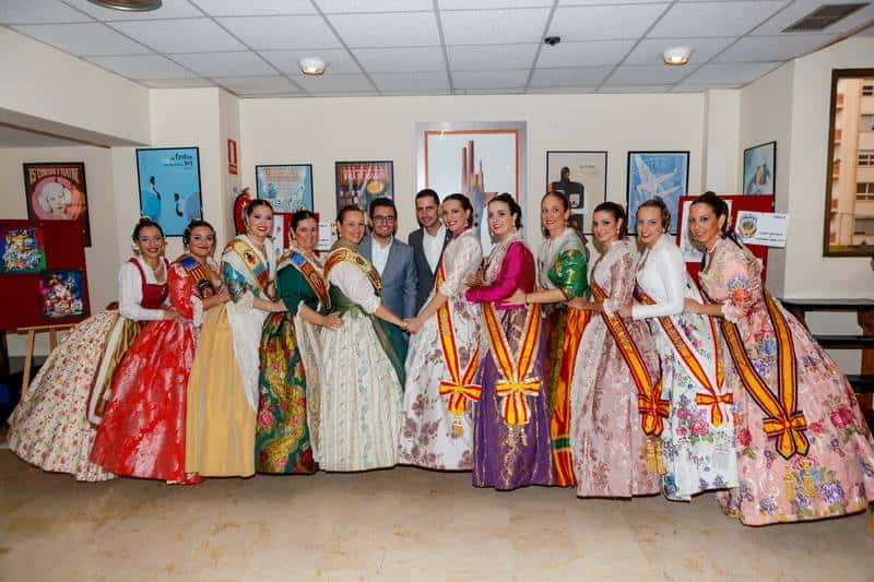 The grouping of Fallas of Mislata presents its 2017 Fallas 1