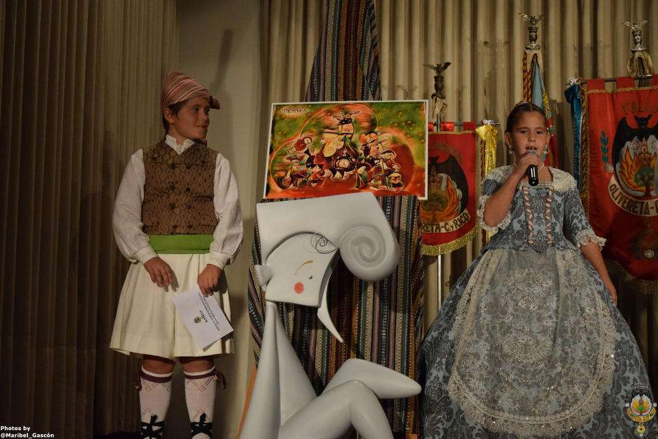 The Falla Olivereta-Cerdá and Rico presented their sketches to the Fallas 2018 1