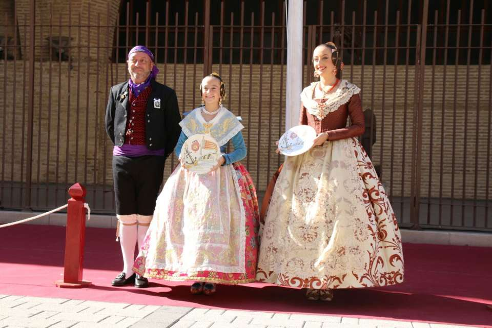 The Grouping of Fallas of the Maritime paid Tribute to the Royal Senyera 2