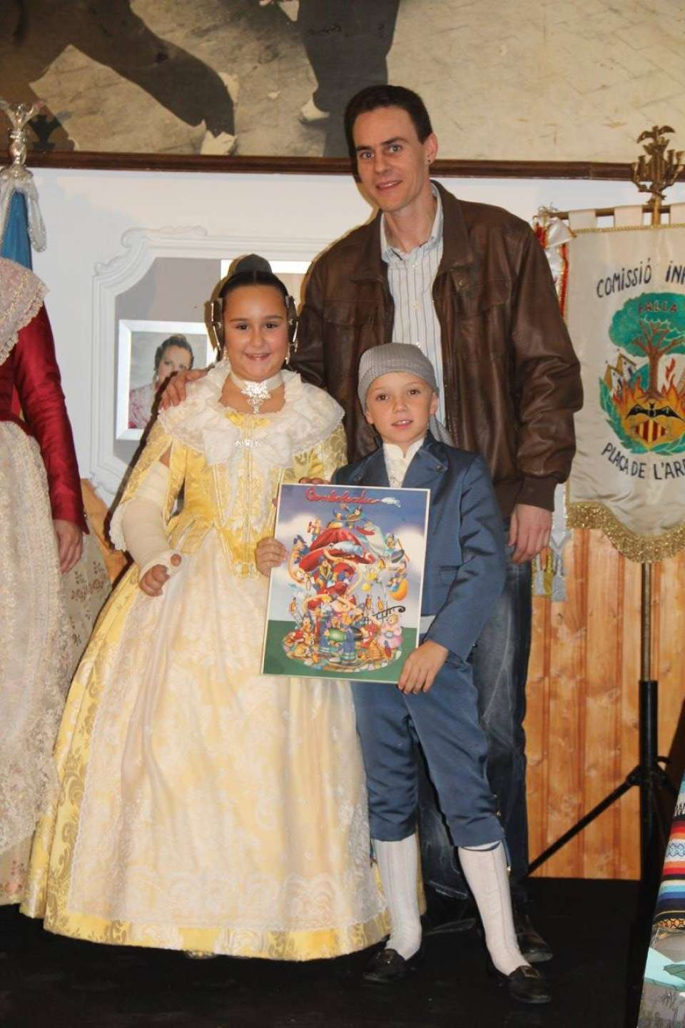 The Falla Plaza of the Tree presented their Sketches to the Fallas 2018 1