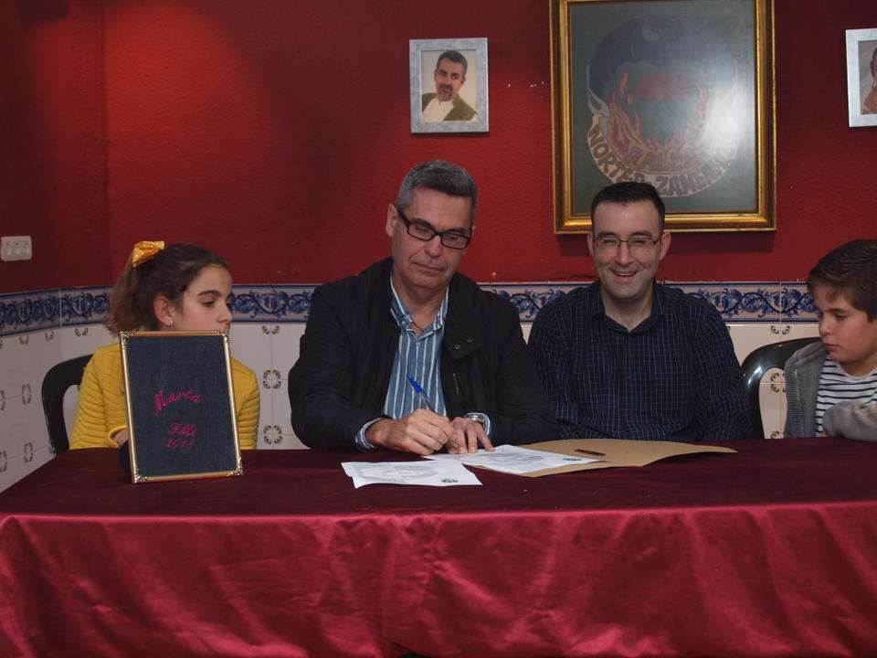 The Falla of Norte-Dr. Zamenhoff 'El Clavell' submitted its Sketches for the Fallas 2018 3