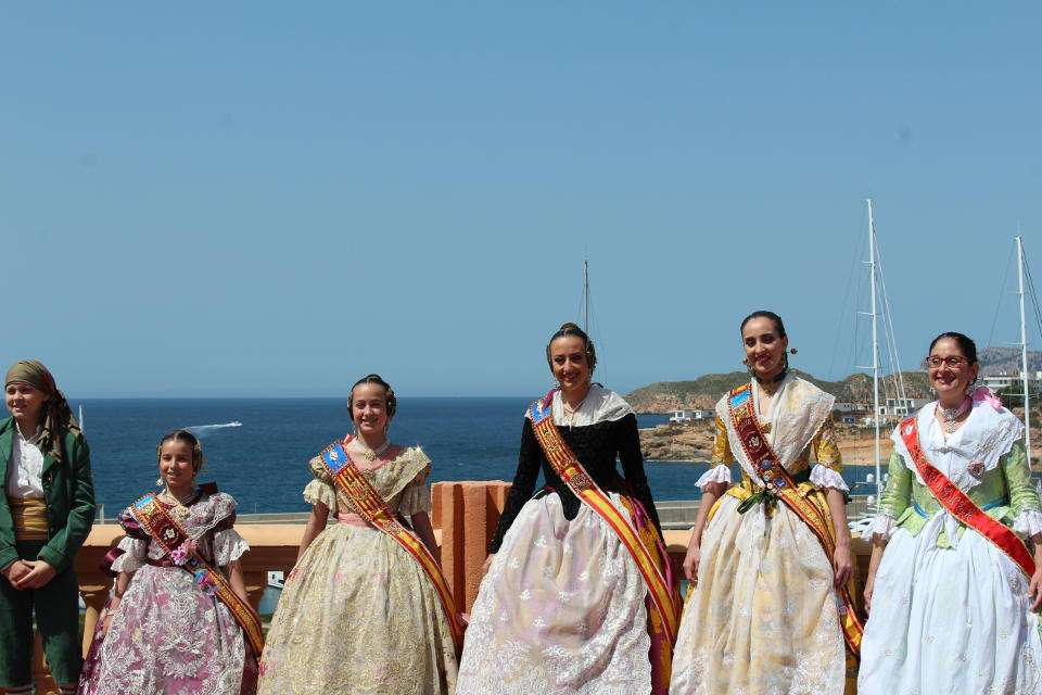 A year is held the Falla in Mallorca, with the presence of the Falleras Mayores of Valencia 1