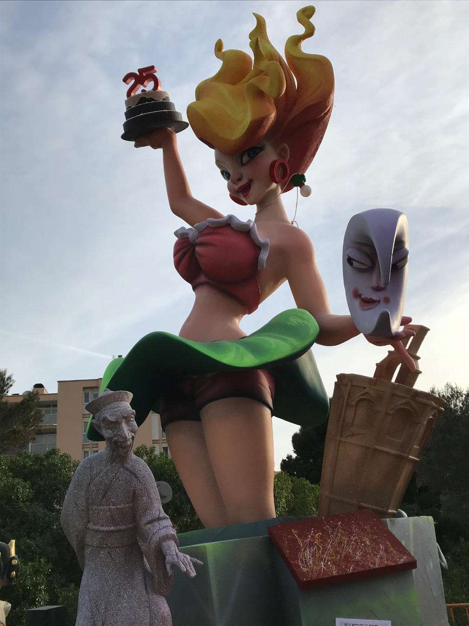 A year is held the Falla in Mallorca, with the presence of the Falleras Mayores of Valencia 2