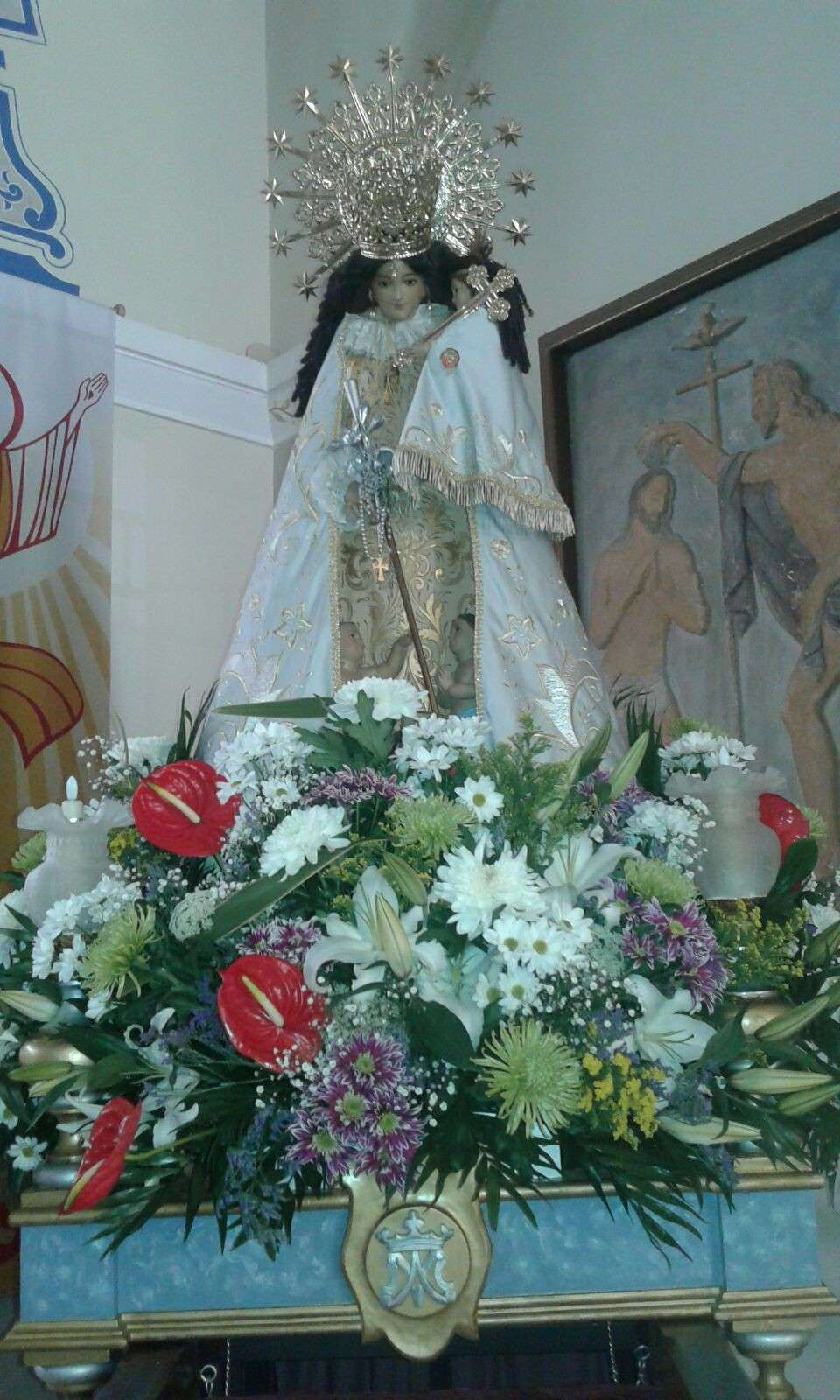 Procession of the Virgin of the Helpless through the streets of the neighborhood of la Malvarrosa 2