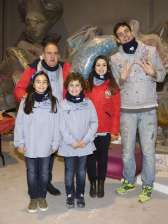 The Falla Malvarrosa visit the workshop of Mario Gual