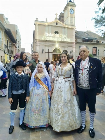 The Falla Cuenca Tramoyeres participated in the Solemn Procession Of the Patron Saints, Abdó and Sen