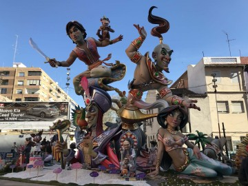 The Falla of Canary Islands Trafalgar renews their fallas artists to 2020