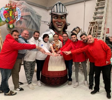 The Falla of Trafalgar visiting the workshop of his artist and renews it for Fallas 2021