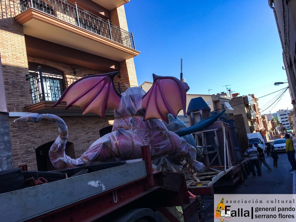 The Falla General Pando began yesterday the transfer of its Falla large